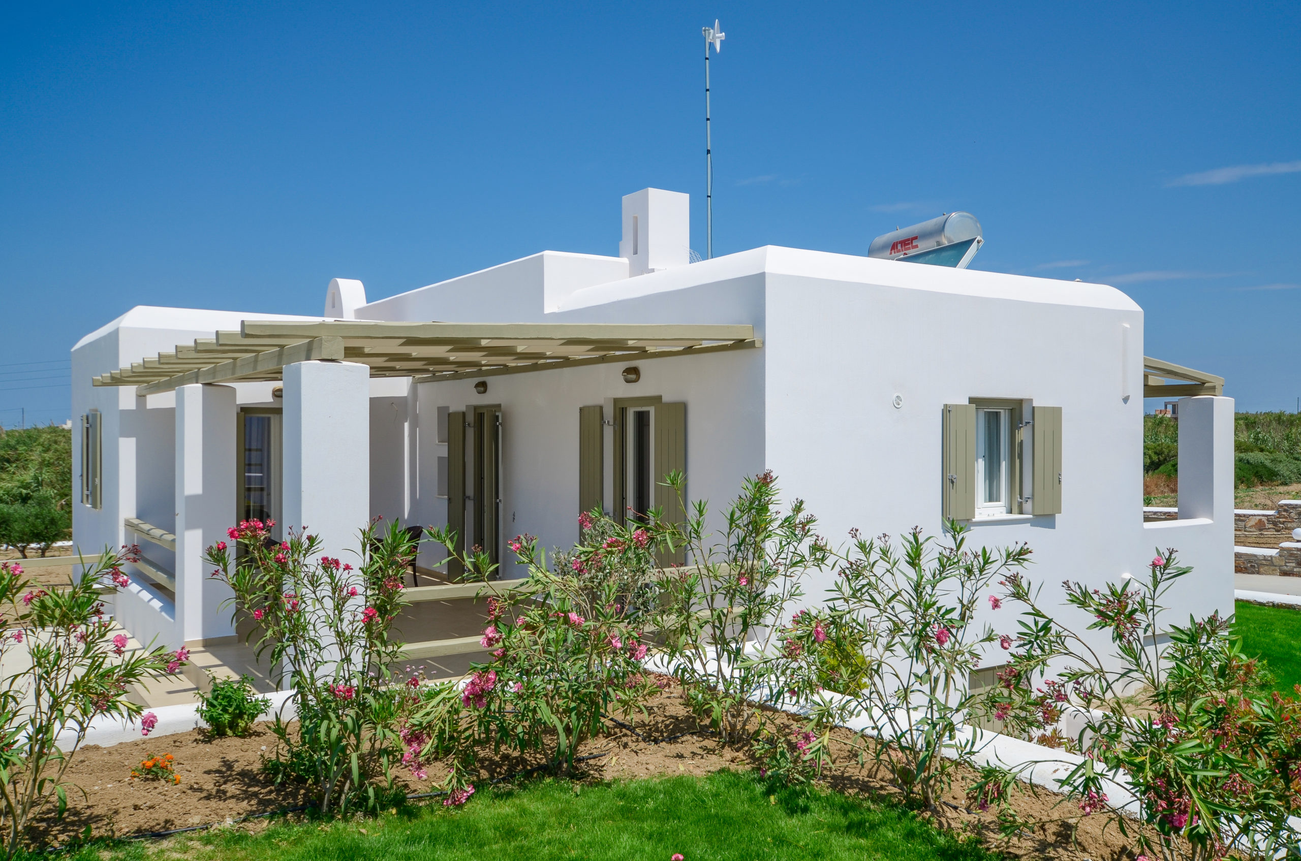 sea and olives villas and suites plaka naxos